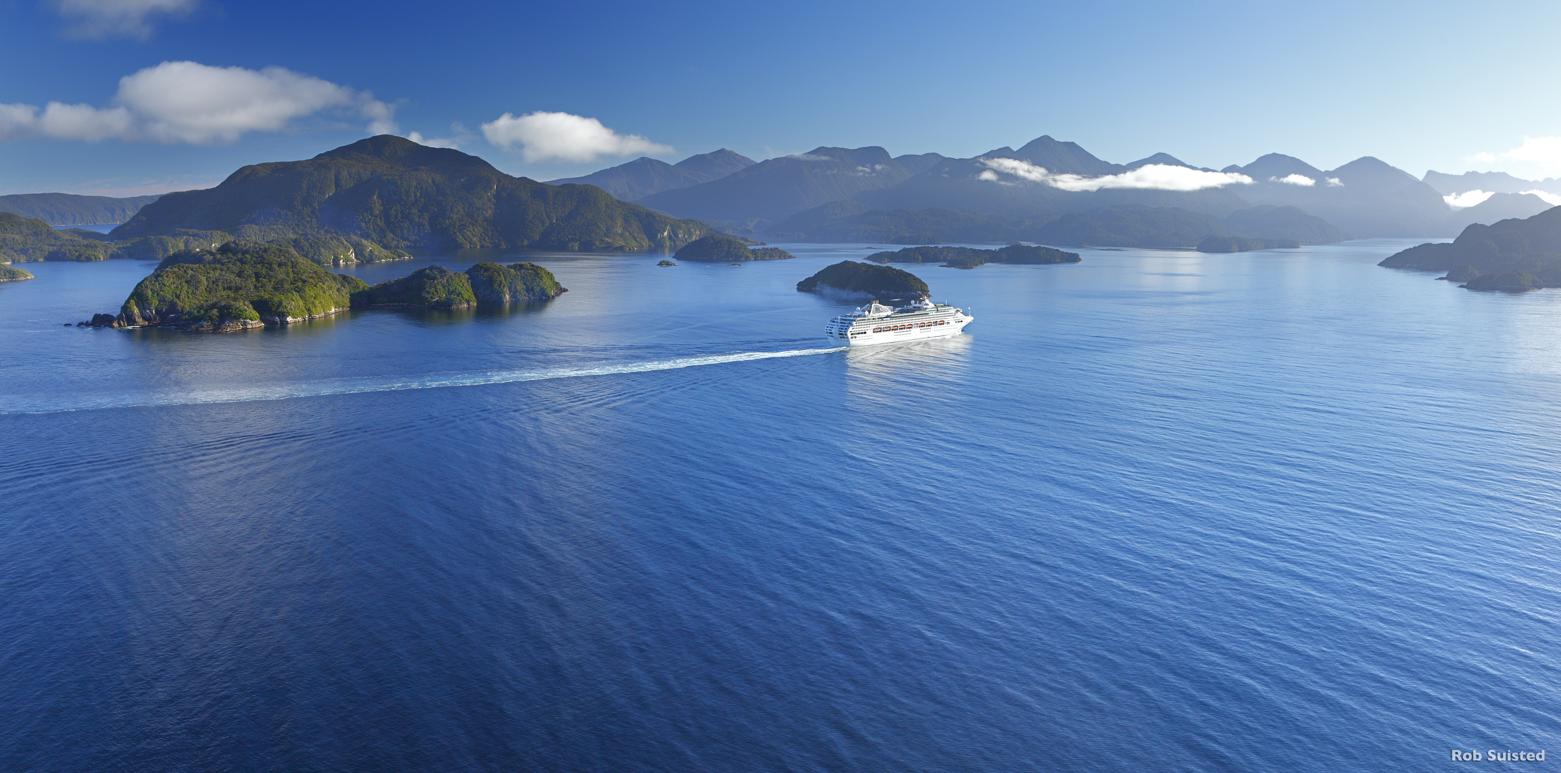 Things to do in fiordland new zealand travel tips for The milford