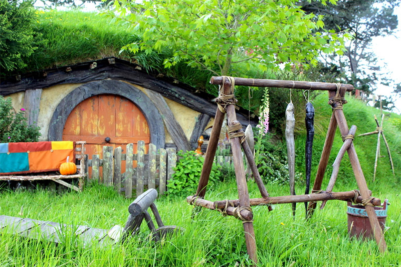Details of Movie Set in Hobbiton Evening Banquet Tour