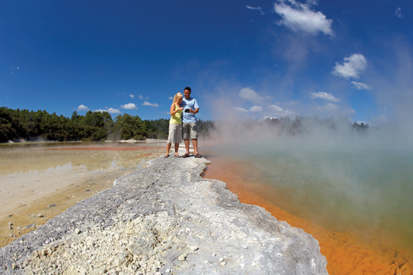 Rotorua geothermal wonders credit Chris McLennan